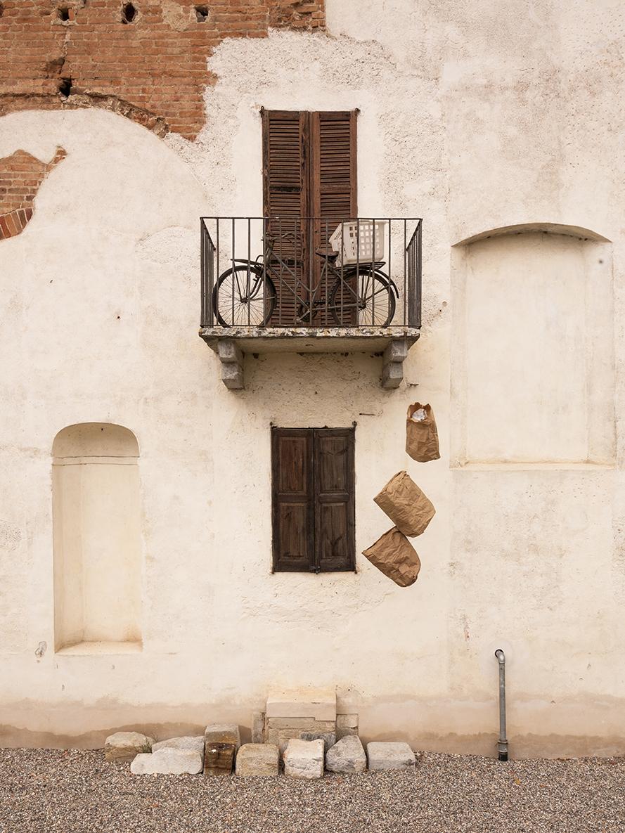 bicicletta alla finestra